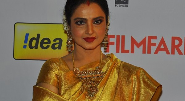 Horoscope and Predictions for Bollywood Actress Rekha by